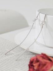 打結設計長條耳環