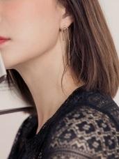 質感U型垂墜長條耳環