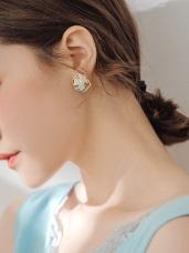 幾何邊框花朵亮鑽耳針式耳環