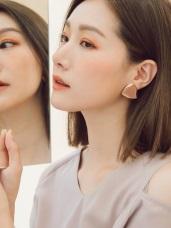 不規則撞色三角形耳針式耳環