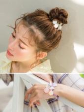 粉嫩配色珠珠三葉草綴飾髮圈